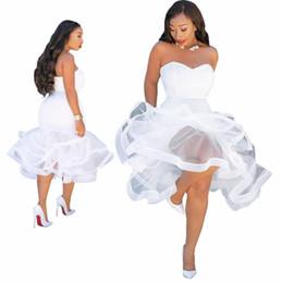 2019 gros polyster blanc robe de soirée cocktail de mariage courte robes de bal soirée bustier robes de sirène pas cher ? partir de fabricateur