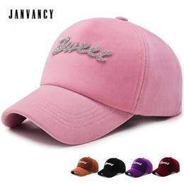 розовый женский горный хрусталь Скидка Pleuche Embroidered Sweet Baseball Cap for Women Shiny Rhinestone Snapback Hat Suede Glitter Visors Pink Black Letter Cap
