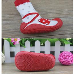 Gravata dkDaKanl e bow meias criança com Solas De Borracha antiderrapante infantil sapatos criança bebê chão meias fundo macio XP3012 de