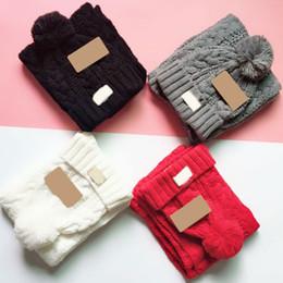 cappelli di tacchino all'ingrosso Sconti Inverno Australia UG Berretti Sciarpa Set Cappelli Cappelli Berretti casuali caldi a maglia con sciarpe per uomo donna di buona qualità