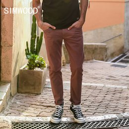 jeans viola scuro Sconti SIMWOOD 2018 Spring New Jeans Uomo Purple Red Dark Wash Slim Fit Basic Denim Pantaloni uomo Jean di alta qualità 180086