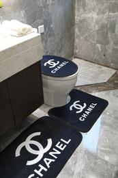 Tappetini da bagno neri online-Tappetino da bagno nero antiscivolo Design della moda XC Logo Tappeto da bagno Nuovo 2 Tappeto stile 3 pezzi