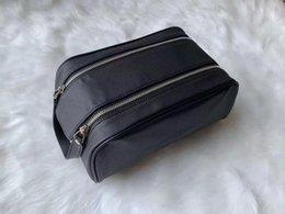 2019 bolsas de cosméticos simples atacado atacado High-end Qualidade homens que viajam Toilet Bag Design de Moda Mulheres Wash Bag grande capacidade de Cosméticos sacos de maquiagem de Higiene Pessoal Bag Bolsa M47528