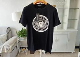 gestaltung der hemdmänner Rabatt Mens Designer T Shirts Schwarz Weiß Design der Münze Mens Fashion Designer T Shirts Top Kurzarm T-Shirt