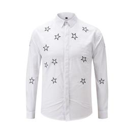 2019 nouvelle smart cover 2019 nouveaux chemises pour hommes de la mode smart shirt broderie étoiles noir et blanc recouvert de couleur bouton m à xxxl nouvelle smart cover pas cher