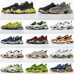 a8d2d7f64bc New 2019 Top Quality Dad Shoes Paris 17FW Triple-S Sneakers Men Women  Running Shoes Sports Shoes Szie 36-45