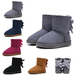 2019 botas australianas UGG Boots WGG Botas clásicas australianas para niños Botas de nieve de diseño para niños Niña Niño Tobillo Bailey Bow Botines de invierno de moda 26-35 Envío gratis rebajas botas australianas