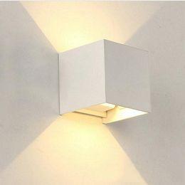 белые наружные настенные светильники Скидка Up Down LED 12W Wall Outdoor Light IP65 Водонепроницаемый Белый Черный Современная Бра Настенные светильники лампы 220V 110V Внешний Домашнее освещение