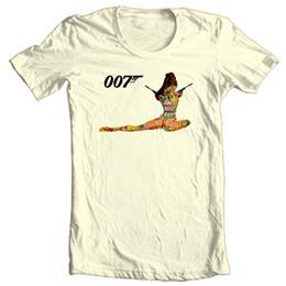 James Bond Tişört 007 Orijinal Casino Kraliyet 1970 bağbozumu pamuk grafik tee Komik ücretsiz kargo Unisex Rahat Tişört üst nereden