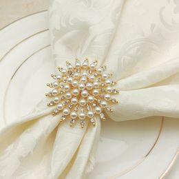 Sets de serviettes en tissu en Ligne-6pcs / lot creative anneau de serviette en métal hôtel ensemble vaisselle de tissu cercle de serviette anneau pièce échantillon décoration