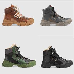 Botas de invierno para hombres online-{Logotipo original} 2019 Tamaño grande Nuevo estilo Otoño e Invierno Martin Mujer Hombre Botas Zapatos Venta al por mayor US10.5 Botas de nieve marca de cuero botas cortas