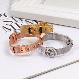 2019 18k brazaletes de oro niños WW55 NUEVOAAAClásico europeo Gucci y hebilla de acero de titanio par brazalete de joyería de moda estadounidense cinta de malla