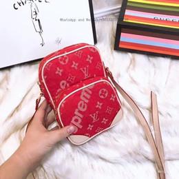 2019 borsa famosa della signora coreana Ellacey 2019 Nuove donne coreane di moda The Wild Personality Messenger Bag Ladies Designer Famous Brand borsa famosa della signora coreana economici