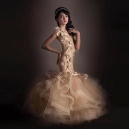 Kleine mädchen festzug kleider champagner online-Champagne Mermaid Blumenmädchenkleider 3D Floral Applique Schöne Mädchen Pageant Kleid Kleine Kinder Geburtstag Party Prom Kleider BA6006