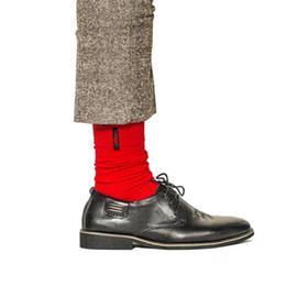 2019 botas de lluvia de tacón rosa Calcetines masculinos Europa y el estilo de moda nueva tendencia de letras de bordado de gran tamaño calcetines de algodón puro por mayor calcetines de los hombres