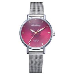 Montres pour femmes Hot exquise échelle quartz montre de mode impression Europe et les États-Unis maille ceinture montres de mode ? partir de fabricateur