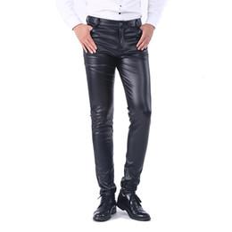 Idopy Men `İş Slim Fit Beş Sıkı Rahat Siyah Katı Sahte Deri Pantolon Kot Pantolon İçin Erkekler LY191206 Cepler nereden