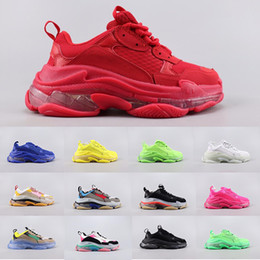 Men s sapatos de fundo vermelho on-line-Womens Mens balenciaga Triple-S Designer Shoes Sneakers plataforma de via 3.0 Casual Luxury Shoes pai para de qualidade inferior s sapatos triplo Red