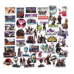 100 pz / lotto Adesivi fai da te adesivi da parete in PVC del fumetto Gioco Fort nite Graffiti Sticker Personalità Bagaglio accessori per i bambini giocattoli regalo da braccialetti di plastica del partito fornitori