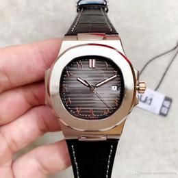 relógios islâmicos Desconto Relógio automático digital islâmico 40 MM de alta qualidade 5711 relógio 316L pulseira de couro de aço inoxidável vidro de safira venda quente 111