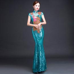 2019 vestido tradicional chinês verde Noiva Cheongsam Longo Moderno Qipao Lace Sexy Verde Chinês Estilo Oriental Vestidos de Casamento Tradicional Vestido de Moda Feminina S-3XL vestido tradicional chinês verde barato