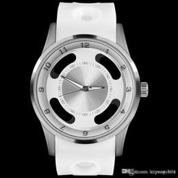 Novos homens de luxo esportes oco nome da marca relógios preto e prata caso relgio pulseira nk homens quartz militar anúncio chronograph relógios de