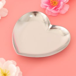 Kalp Şeklinde Metal Depolama Tepsi Takı Organizatör Tepsileri Yüzük Kolye Aksesuar Tepsi Takı Plakası nereden