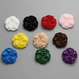 Bouton 21mm en Ligne-100pcs 21mm couleur unie résine rose boutons couture jeans teints en plastique boutons bonbons dames vêtement grande fleur boutons de manteau pour vêtements