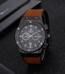 2019 auto adhesivos 4x4 72 HUBLOTNuevos hombres calientes marca de lujo de los deportes del reloj de la goma de cuarzo para hombre Relojes de pulsera NEGOCIO