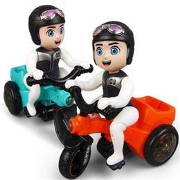 2019 coche de niños intermitente juguete coche eléctrico universal de truco triciclo pedal con juguetes para niños niño de dibujos animados luz de la música del coche de juguete infantil rebajas coche de niños intermitente