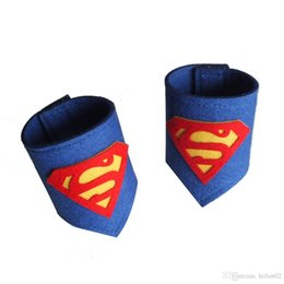 accessories felt Promo Codes - 26 style Felt Kid Superhero Cuffs Vibrant superhero wristlet superhero wristband High quanlity superman Batman Spiderman Hulk costumes