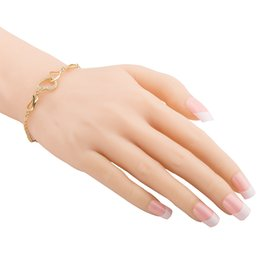 Einfache hohle herzförmige Armband elegante Dame Kette Charme Armbänder für Frauen Druckknopf Schmuck Mädchen Lovers Party Geschenk von Fabrikanten