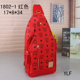 Mãos saco homens couro on-line-Mulheres duffle bag mulheres sacos de viagem de bagagem de mão designer de marca de luxo saco de viagem homens pu bolsas de couro grande crossbody bag totes