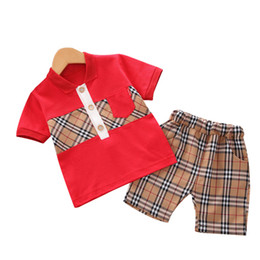 unisex clothing brands Promo Codes - New boy girl clothing short sleeve plaid T-shirt Pants Two-piece Suit 1-4Years Kids clothes Brand Children Coat Trousers Clothing Sets B106