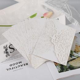 10pcs kit di carte per inviti a farfalla verticali tagliati al laser da sposa Accessori per feste di compleanno per la doccia nuziale da