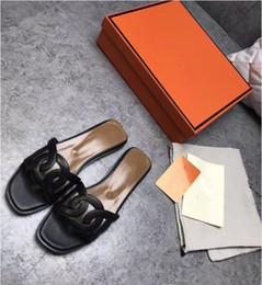 Zapatos de cerdos online-Marca de moda para mujer de cuero de vaca zapatillas de punta abierta sandalias ocasionales, pisos de verano H Designer Pig Nose Mocasines zapato Bombas, 35-42