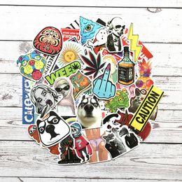 Guitarra divertida online-Hot Random Cool JDM Skateboard Funda de Viaje para Guitarra DIY etiqueta engomada colorida del Coche calcomanía Linda moda divertida pegatina 1000 unidades