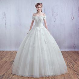 Trägerloses langes schwanzhochzeitskleid online-Hochzeitskleider Truthahn hochwertige Hochzeitskleid 2019 mit langen Schwanz Brautkleider Luxuskleid trägerlosen Prinzessin Stil Braut