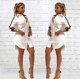 Botão para baixo vestidos sexy on-line-Novas Mulheres Soltas Profundo Decote Em V Vestido Ocasional Sexy Camiseta Vintage Turn-Down Collar Impressão Vestido Spr Mulheres Botão de Mangas Compridas Night Club Dress