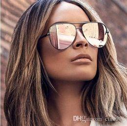 2019 occhiali da sole degli uomini d'argento degli specchio Occhiali da sole rosa Specchio argento Occhiali da sole in metallo Designer di marca Occhiali da sole da pilota Donna Uomo Tonalità Occhiali da sole di alta moda Lunetta sconti occhiali da sole degli uomini d'argento degli specchio