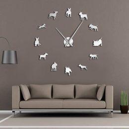 2019 bull terrier geschenke Bullterrier Hund Wandkunst DIY große Wanduhr Hunderasse Mops große Nadel Uhr Uhr Pet Shop Dekor Geschenk für Bullterrier Liebhaber günstig bull terrier geschenke