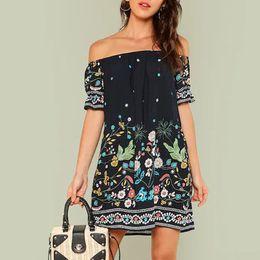 2019 vestido de praia floral de joelho curto Verão 2019 mulheres vestido sexy strapless fora do ombro de mangas curtas na altura do joelho boêmio floral print beach dress vestido de praia floral de joelho curto barato