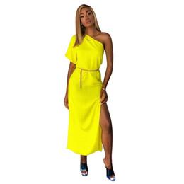 Argentina Vestidos sólidos de color caramelo Vestidos de diseñador Ropa de verano Fuera de los marcos de hombro Vestidos partidos cheap candy sash Suministro