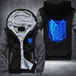 Titã hoodie on-line-EUA Tamanho Shingeki No Ataque Kyojin em Mulheres Padrão Printing Thicken Velo hoodies do revestimento homens verdes Titan Aren luminosos azuis de