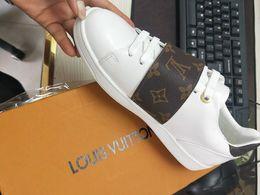 Печать на коровьей шкуре онлайн-Top Luxury Качество Женщины Письмо печати Повседневная обувь натуральной кожи Браун FrontRow Повседневная обувь 1a1f4k Спортивная обувь 35-42 с коробкой