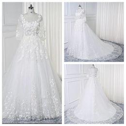 Vestidos brancos de casamento civil on-line-Atraente 3/4 Jewel Neck vestido de casamento branco Lace flores anexadas Floral vestido de casamento Sheer Voltar vestidos de novia para Boda Civil