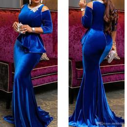 bleu royal robes de bal 2019 encolure ronde dentelle manches longues velours tribunal train robes du soir robes robes de fiesta ? partir de fabricateur