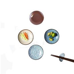Conjunto de 4 Pratos de Cerâmica Japonesas Zen para Mergulhar Molho Suporte de Pauzinhos De Cerâmica Descanso de Pé para Colher Garfo Faca Assorted Quatro Padrão de