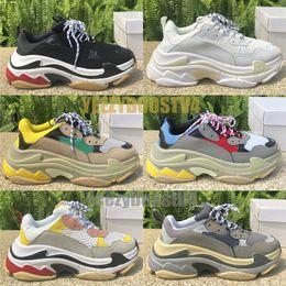 Роскошные Triple S Triple Black Мужчины Женщины Белый Чистый Подошва Модельер Обувь Chaussures Сплит Черный Серый Повседневная обувь 36-45 от