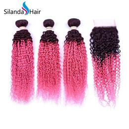 2019 tejido de pelo rizado de alta calidad Silanda Hair Alta calidad Ombre 2 Color #T 1B / Pink Kinky Curly Remy El cabello humano teje 3 paquetes de trama con cierre de encaje 4X4 Envío gratis rebajas tejido de pelo rizado de alta calidad